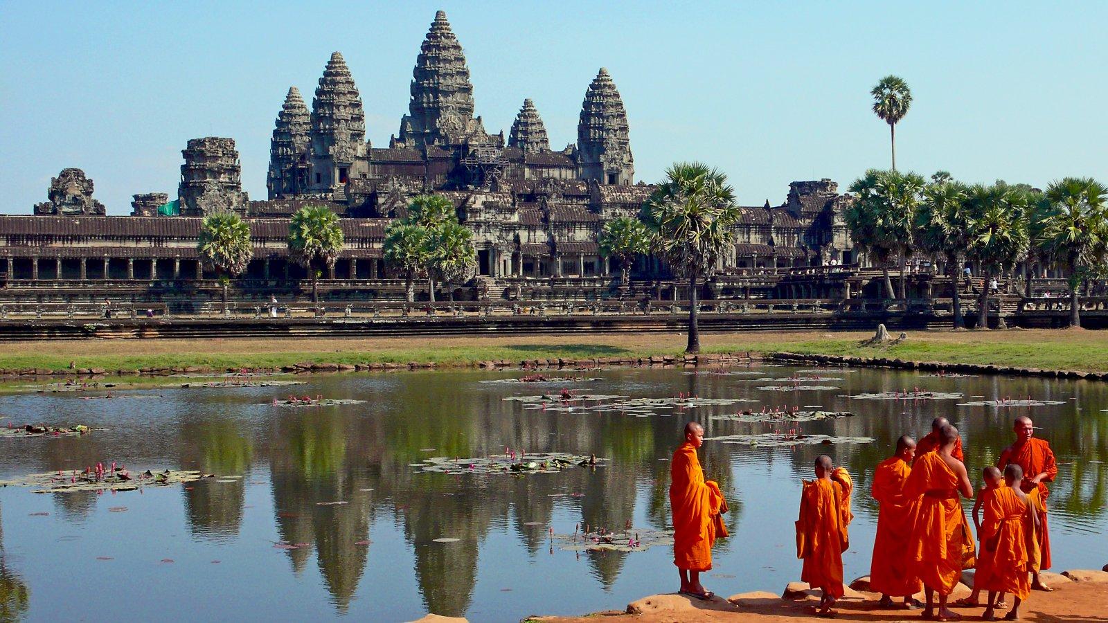 Templo de Angkor Wat, la construcción religiosa más grande del mundo.
