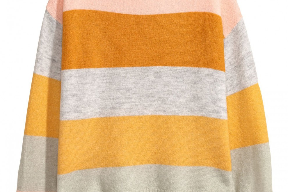 Jersey de punto fino de rayas de H&M, por 19,99 euros