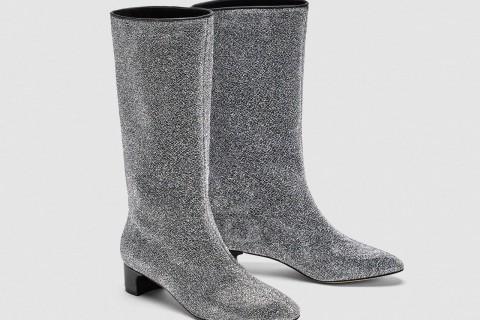 Botas tacón 'midi' estilo 'glitter' de Zara, por 49,95 euros