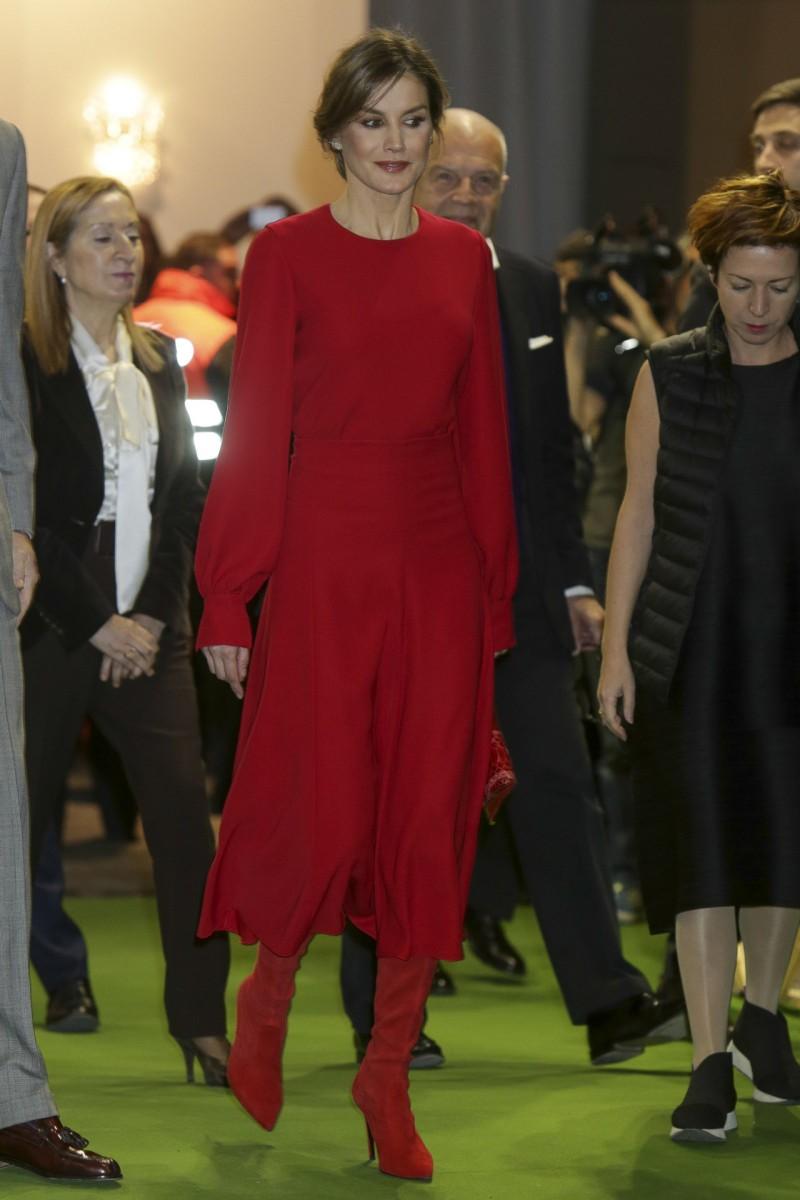 El estilismo de la reina Letizia en la inauguración de la feria ARCO 2018 en Madrid