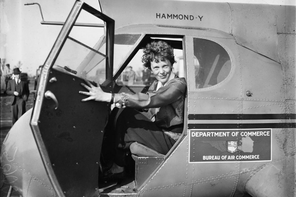 La aviadora Amelia Earhart.