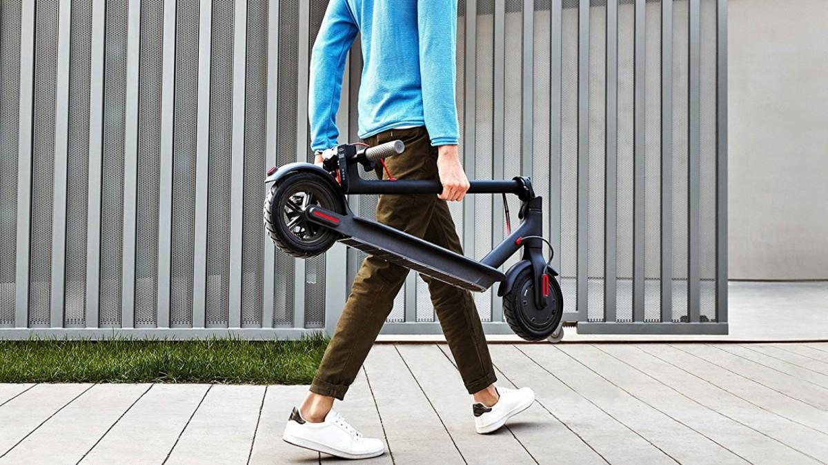 Regala este patinete eléctrico para que domine la ciudad.