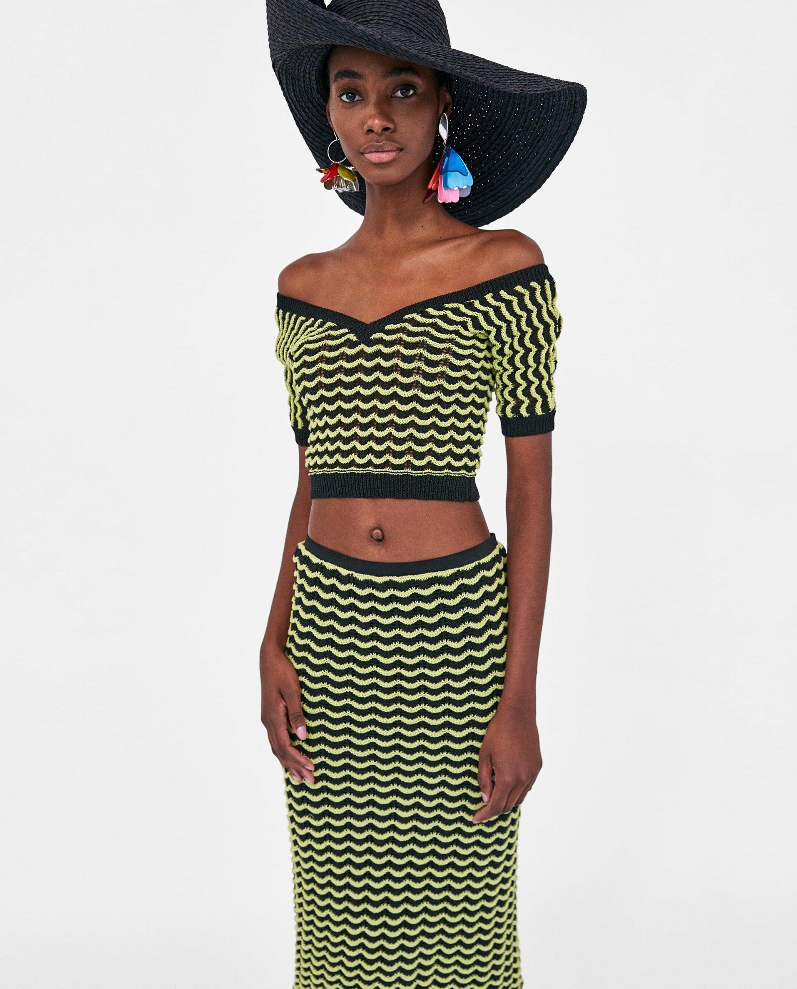 Conjunto de crochet en negro y amarillo de Zara.