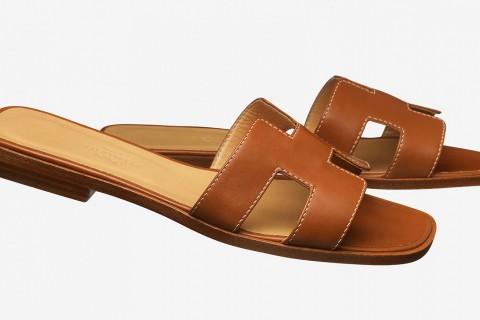 Uno de los modelos de la sandalia 'Oran' de Hermès