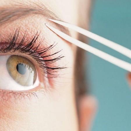 Existen una serie de pasos a seguir para lograr una cejas bien definidas.