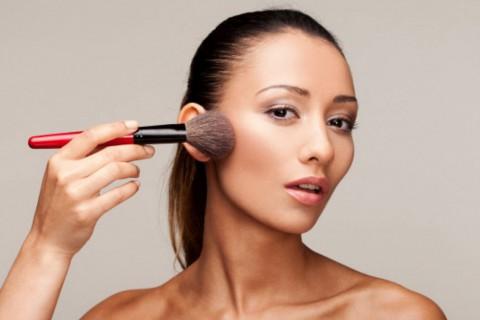 Hay muchos tipos de bases de maquillaje, pero con estas no fallarás.