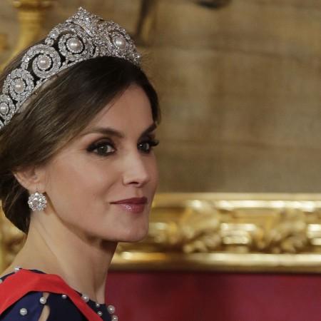 La reina Letizia luciendo por primera vez la tiara Cartier