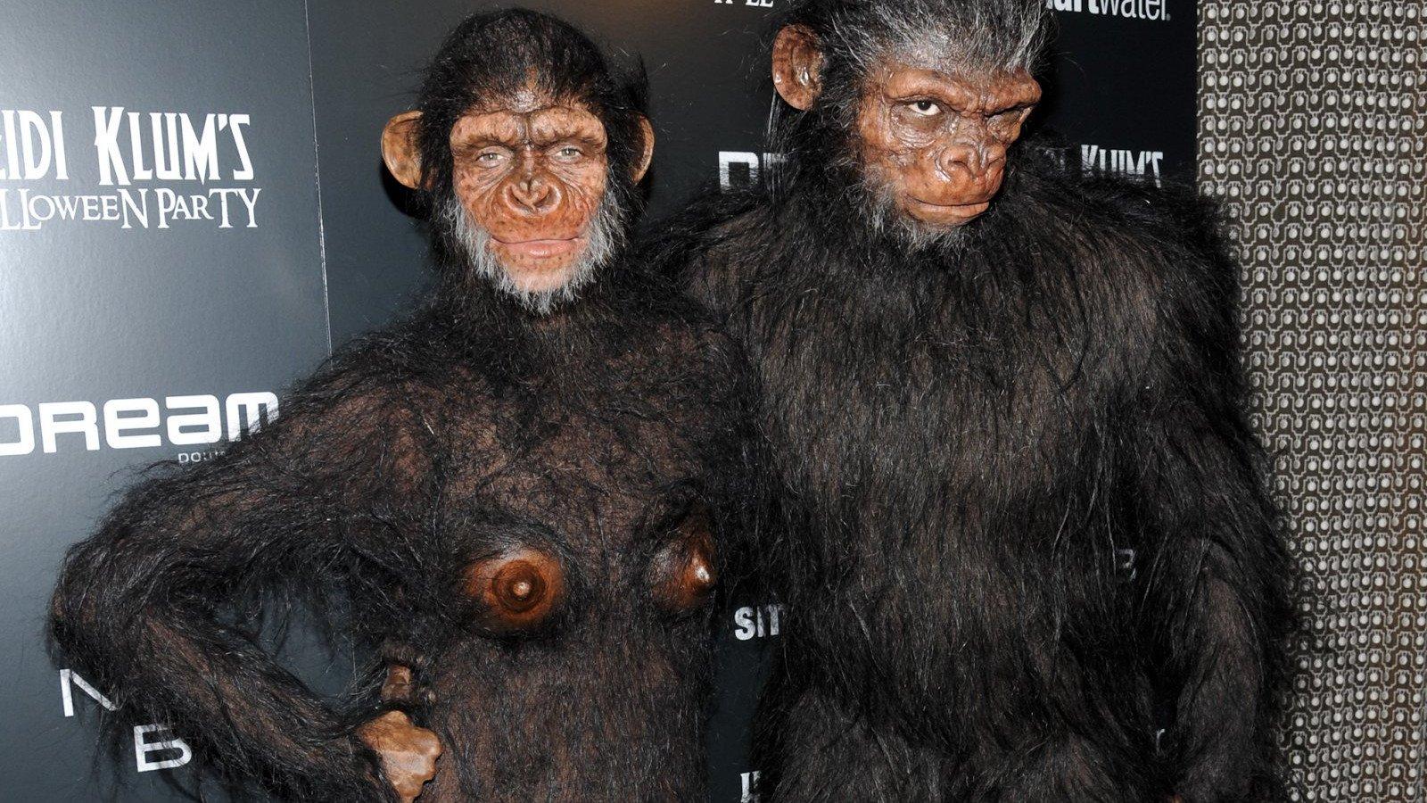 Heidi Klum con su ex-pareja, Seal, disfrazados de mono.