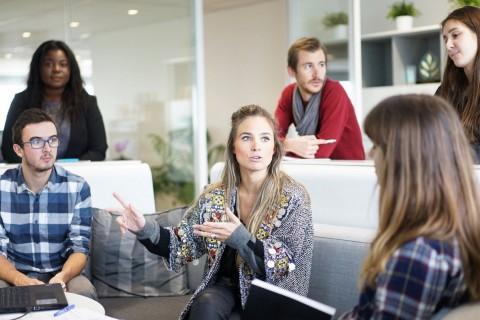 Estos temas son ideales para iniciar discusiones en el aula o con amigos.