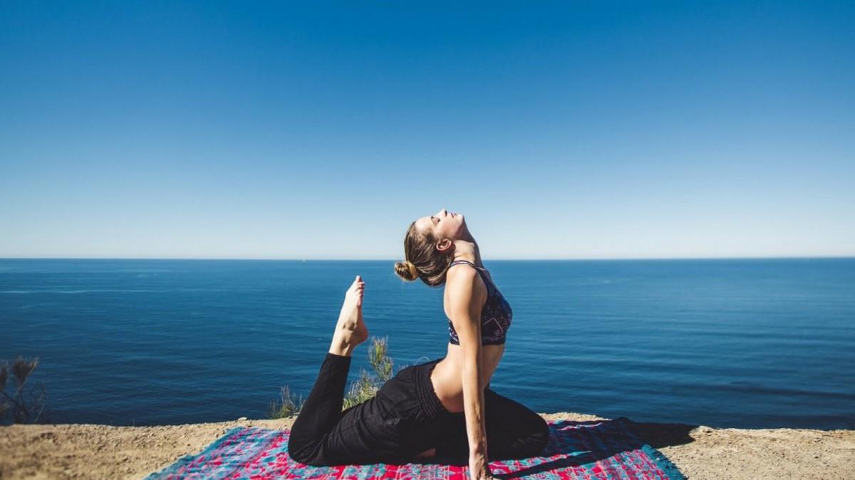 Las prácticas de yoga posturales son las más extendidas en occidente.