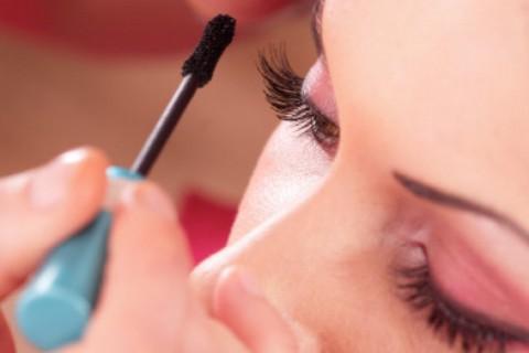 Algunos errores de maquillaje pueden estropear nuestra mirada