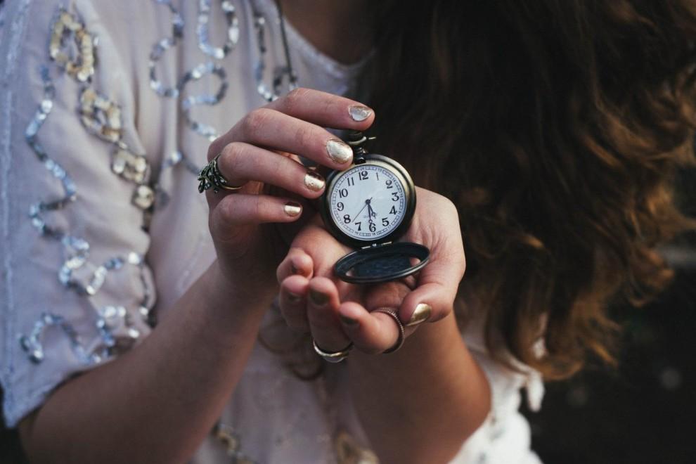 80 Frases Sobre El Tiempo El Paso De Los Años Y Los Recuerdos