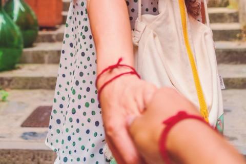 Según esta leyenda, un hilo rojo invisible nos une a nuestra alma gemela.