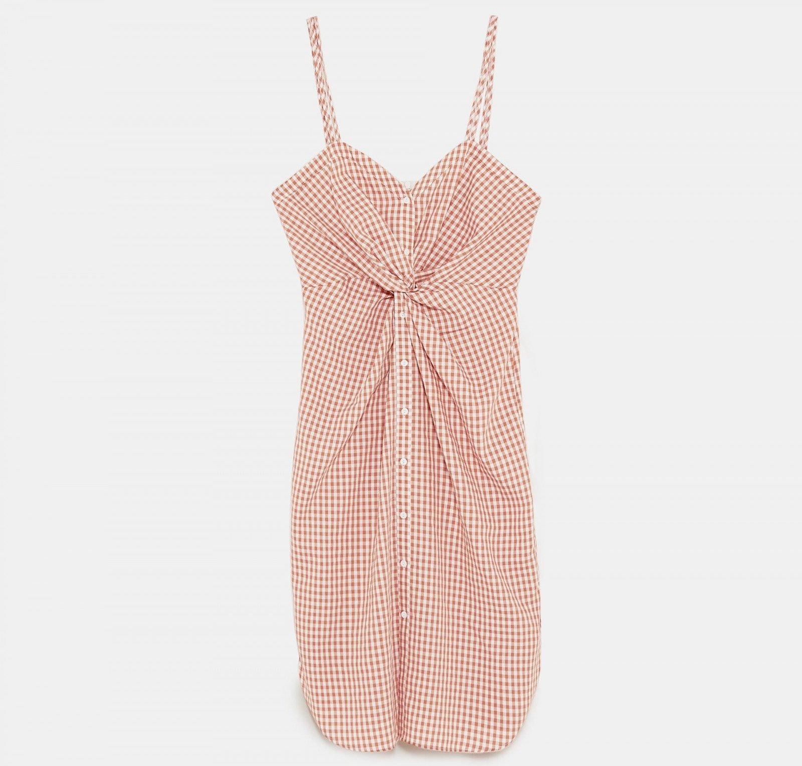 Vestido cuadros nudo de Zara, por 39,95 euros.