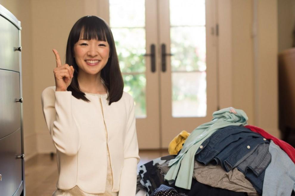 Marie Kondo ha revolucionado la organización del hogar con su método KonMari.