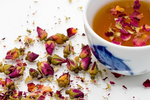 Estos tés e infusiones son ideales para combinar con tu dieta para bajar peso.