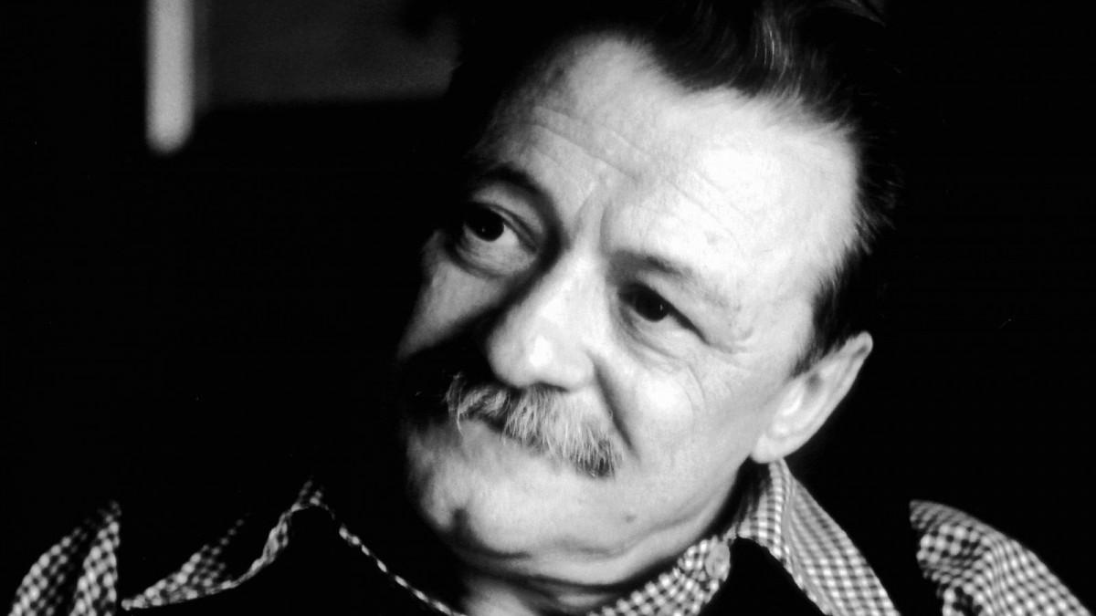 62 Frases De Mario Benedetti Célebres Sobre La Vida Y El Amor