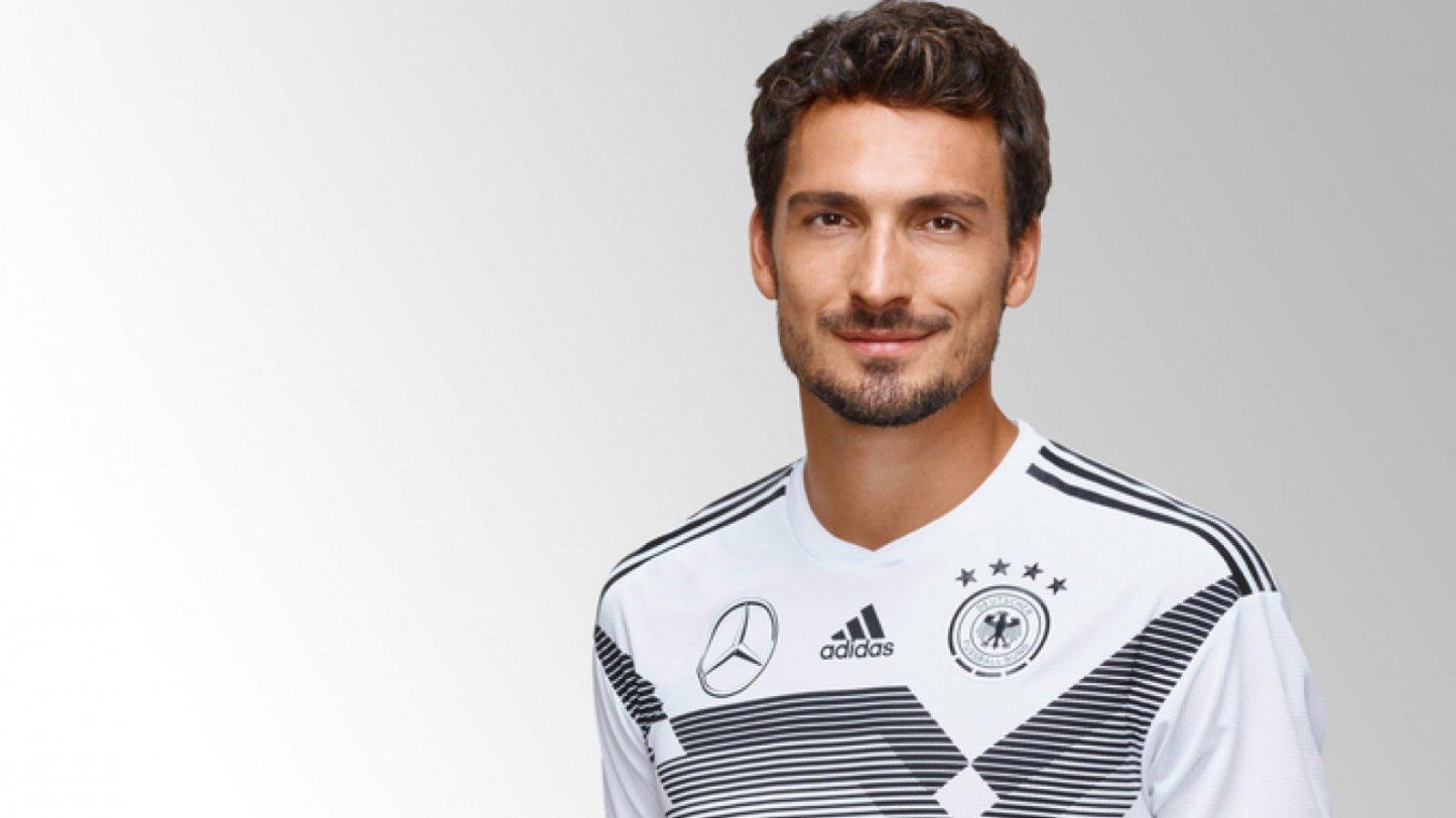 El atractivo del jugador alemán le ha conseguido una legión de fans.