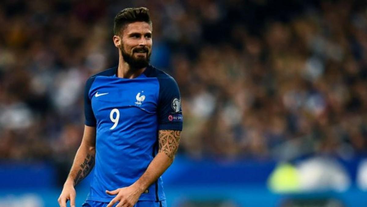 El futbolista francés tiene unos ojos y una sonrisa que cautivan.