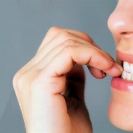 Se considera un hábito muy desagradable para muchas personas.