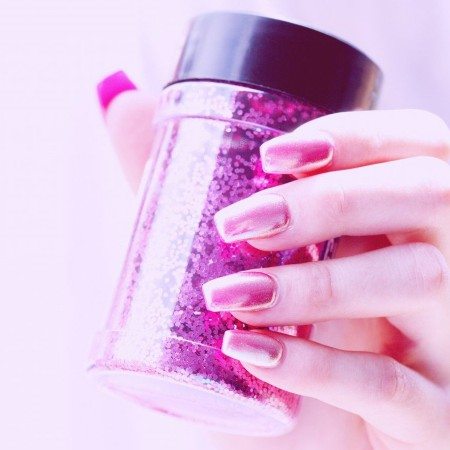 Las uñas de porcelana son una de las postizas más duraderas.