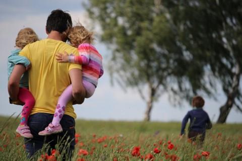 Estas frases y mensajes son ideales para dedicar a los padres.