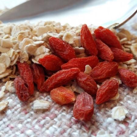 Las bayas de goji pueden ser un complemento muy saludable en tus desayunos.