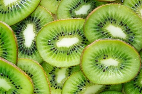 El kiwi es una fruta con propiedades muy beneficiosas para nuestro organismo.