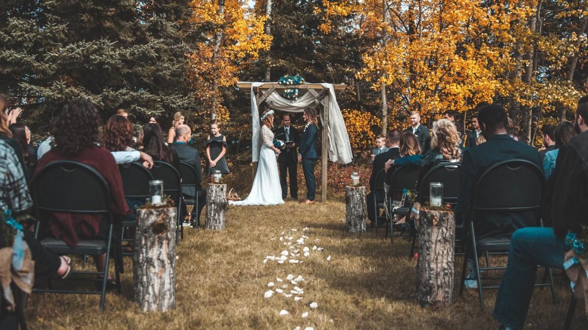 Es importante que el tipo de ceremonia vaya acorde con el lugar para celebrarlo.