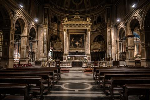Las 30 mejores frases célebres en contra de la Iglesia (y de la religión)