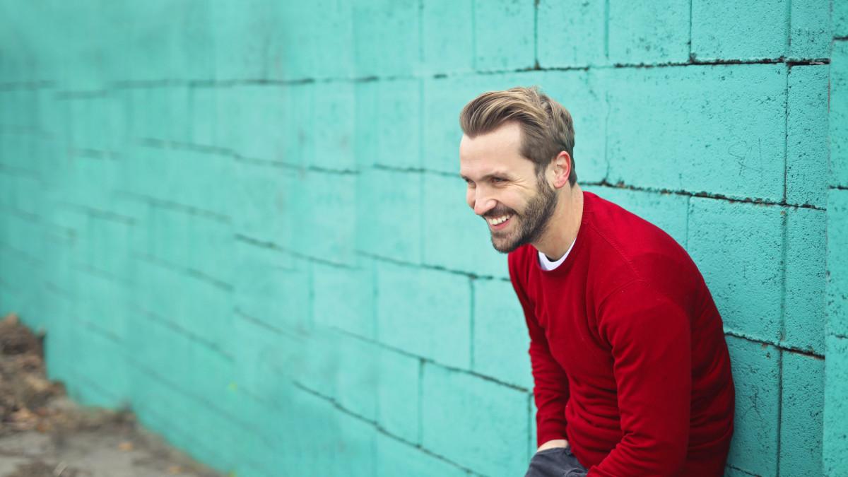 80 frases de ánimo para devolver la alegría a alguien