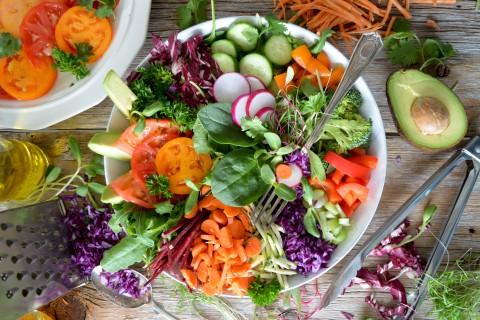 12 tipos de ensalada de lo más saludables
