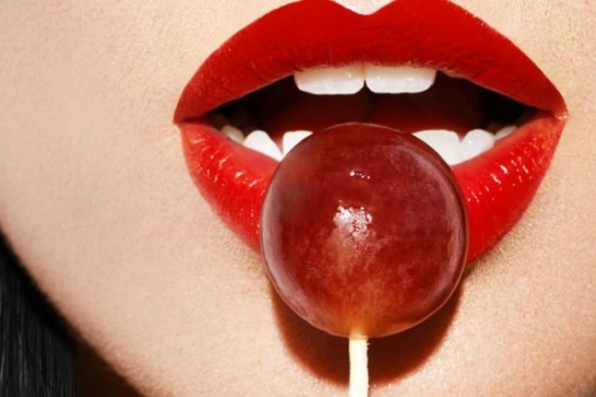 Estimular el glande y el escroto es la clave de una felación perfecta