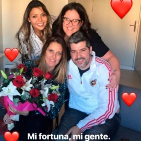 Amigos de Tamara Gorro, de visita al hospital