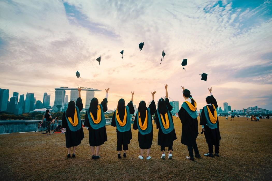 50 Frases De Graduación Para Felicitar Y Motivar