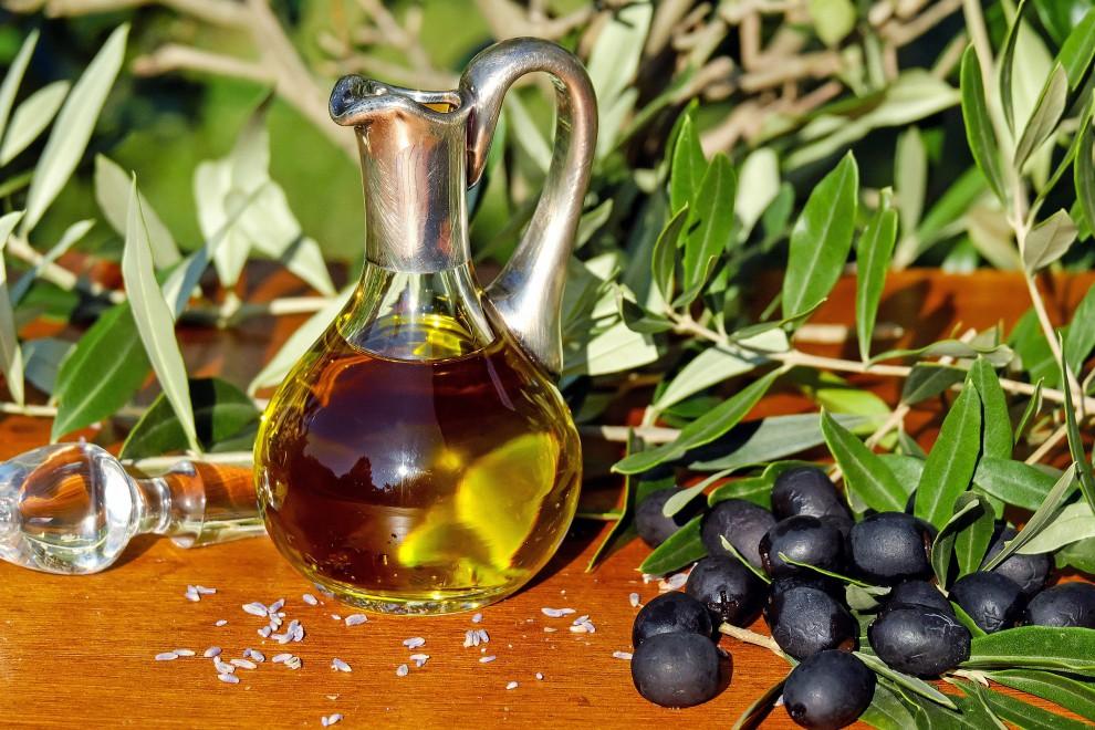 ¿Es más sano el aceite de oliva o el de girasol?