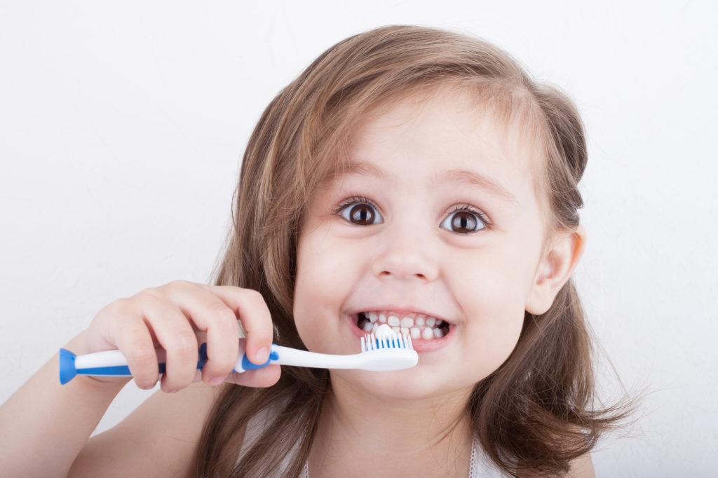 Cepillar dientes niños