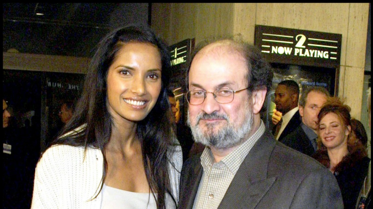 La actriz Padma Lakshmi y su ya ex-marido Salman Rushdie
