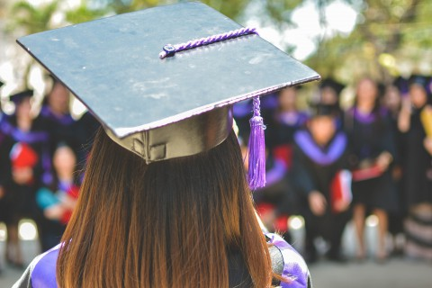 Carreras universitarias más escogidas por mujeres