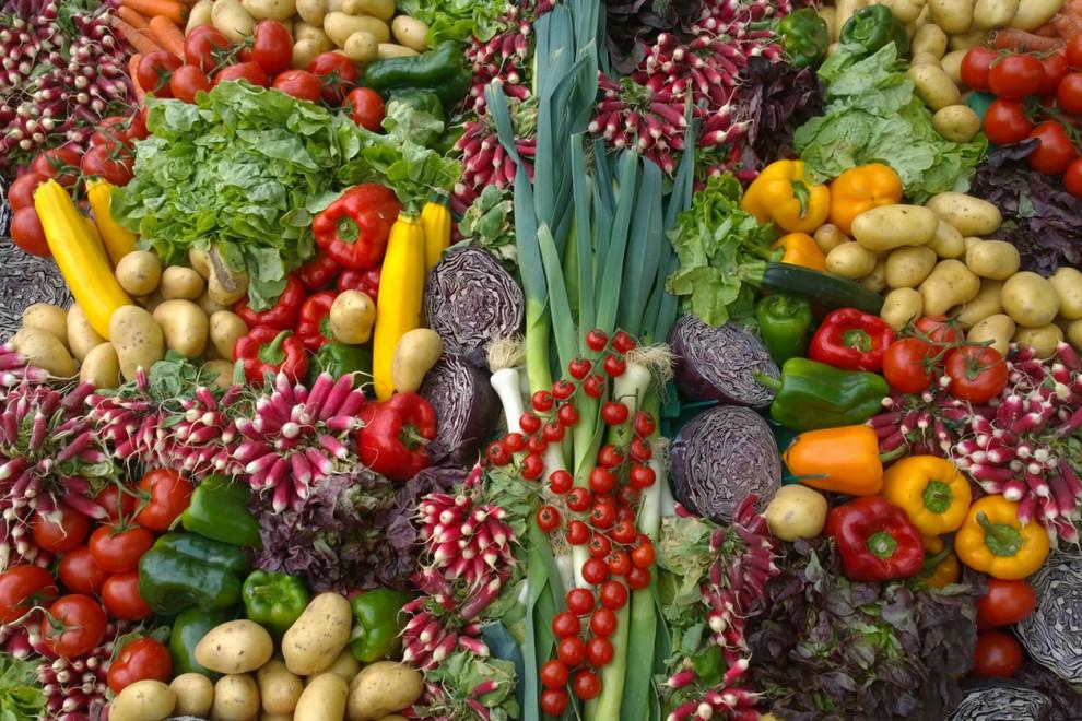 Calendario anual de frutas y verduras de temporada