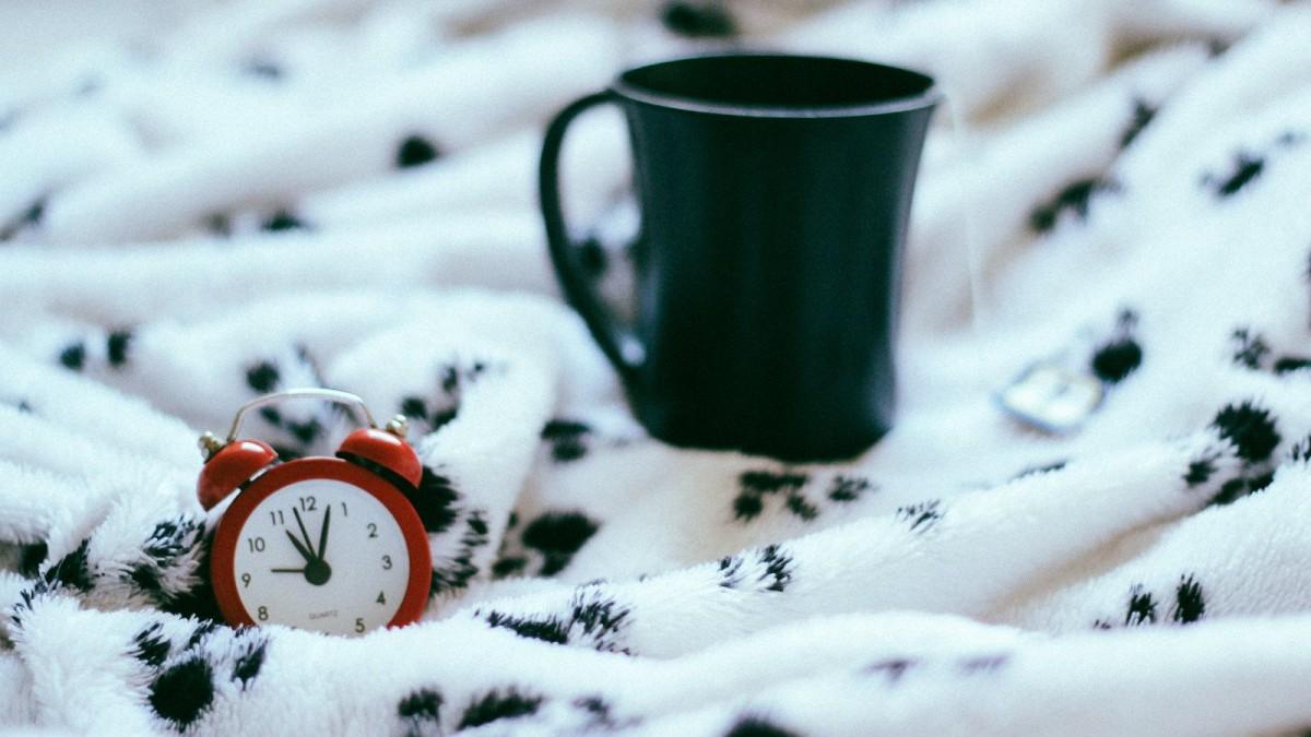 Es necesario adquirir una rutina diaria y acostumbrarse a despertar a la misma hora.