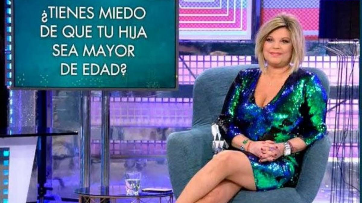 Terelu Campos con el vestido de lentejuelas de Zara en 'Sábado Deluxe'