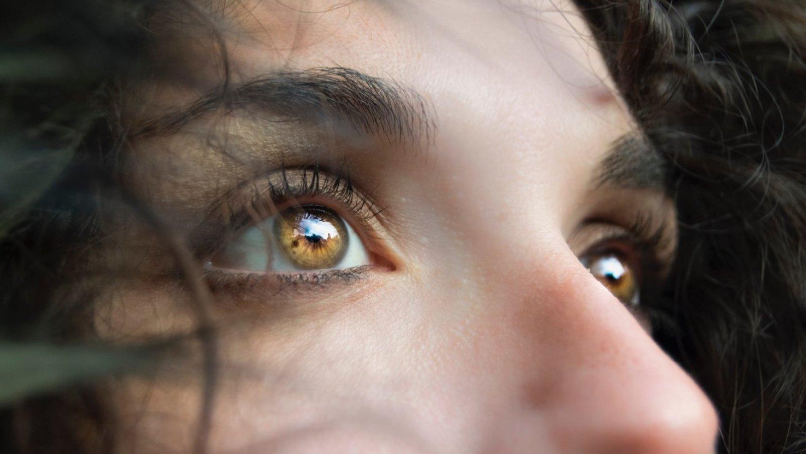 Algunos estudios sugieren que los rasgos de nuestros ojos hablan sobre nosotros.