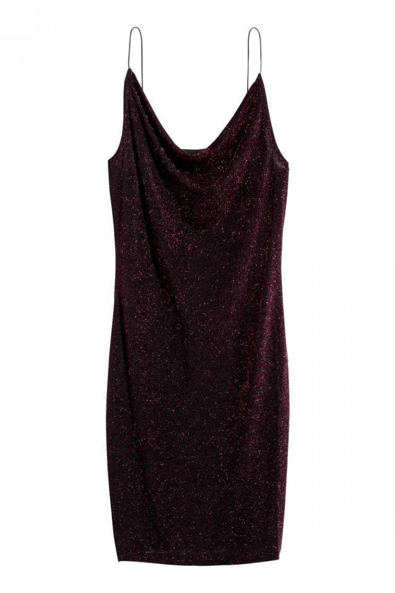 Vestido entallado de H&M, por 9,99 euros