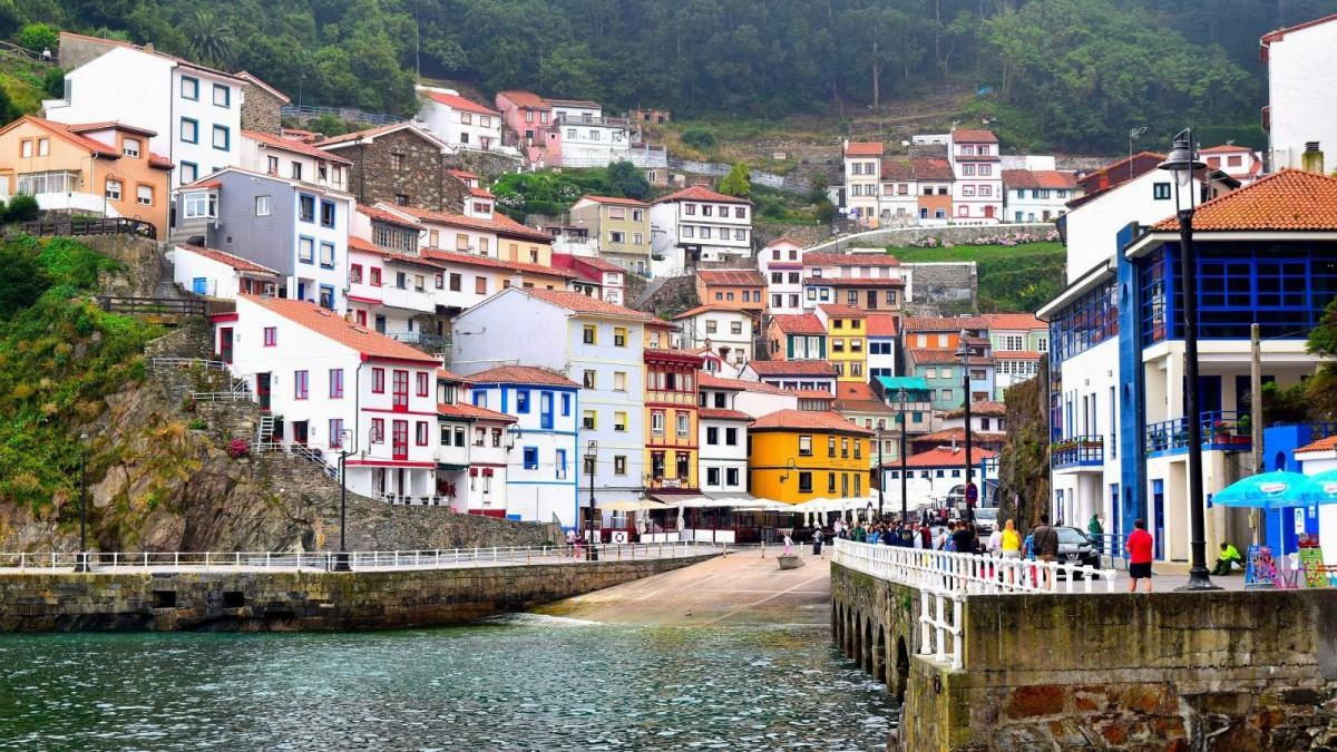 El precioso paisaje que ofrece Cudillero, en Asturias.