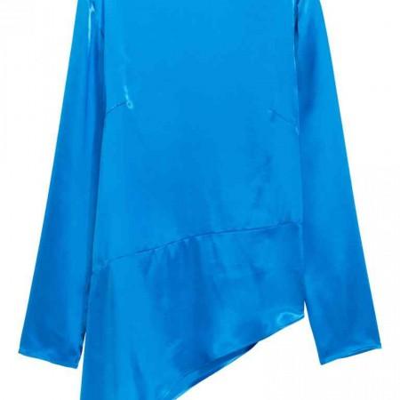 Blusa de satén asimétrica de H&M, por 39,99 euros