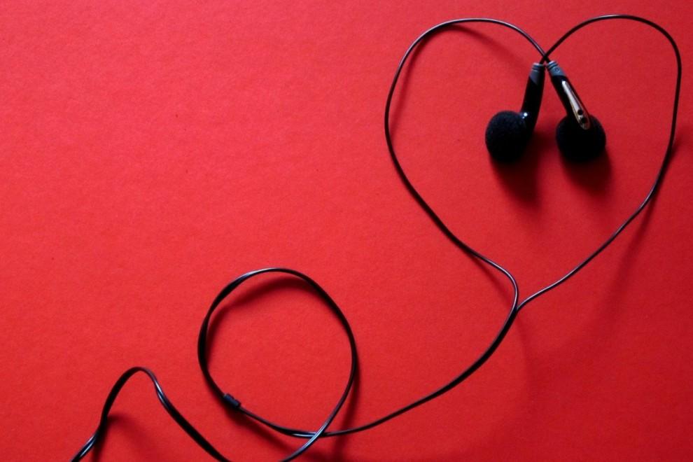 Canciones ideales para dedicar a la persona a la que más quieres.