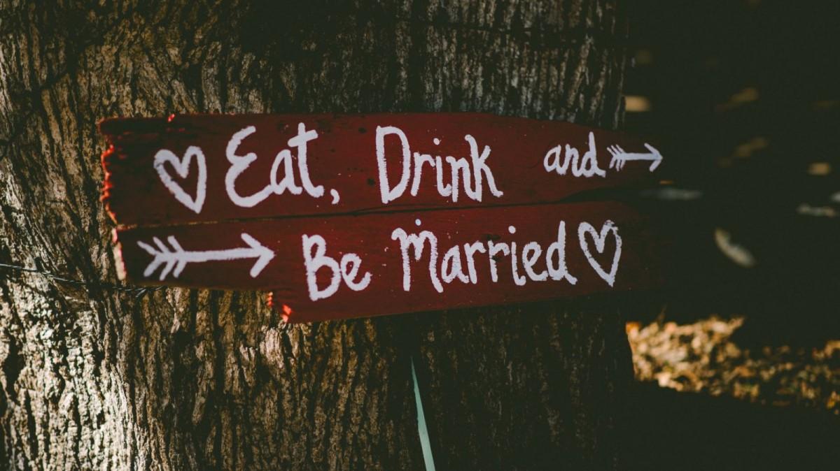 Haz tú misma la decoración y dale un aire vintage a tu boda.