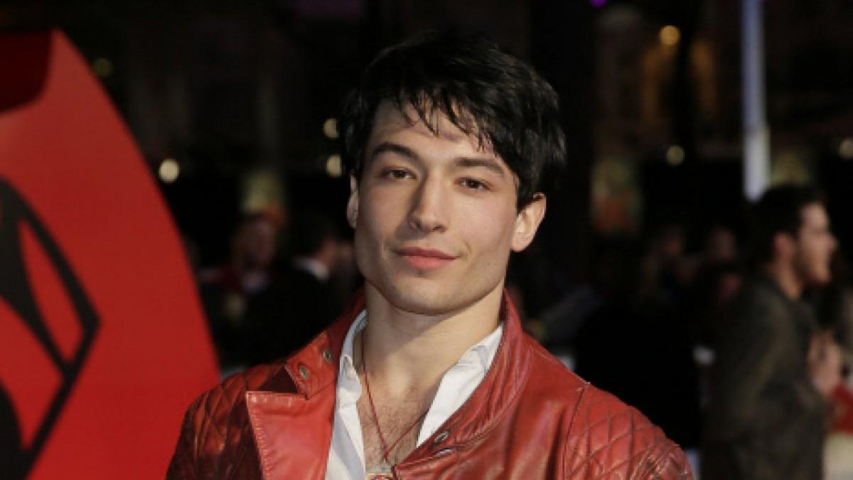 El joven actor dice no sentirse identificado con ningún estereotipo de género.
