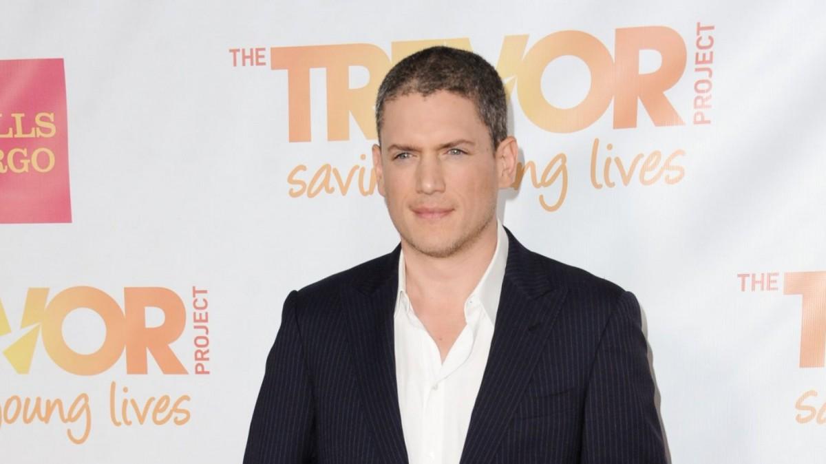 El actor salió del armario tras criticar duramente al estado Ruso por su trato hacia la homosexualidad.